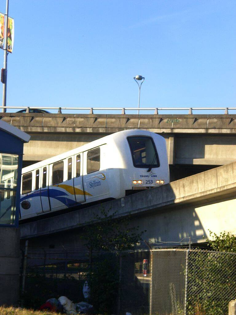 Local writer deserves recognition for oustanding response to anti-SkyTrain letter
