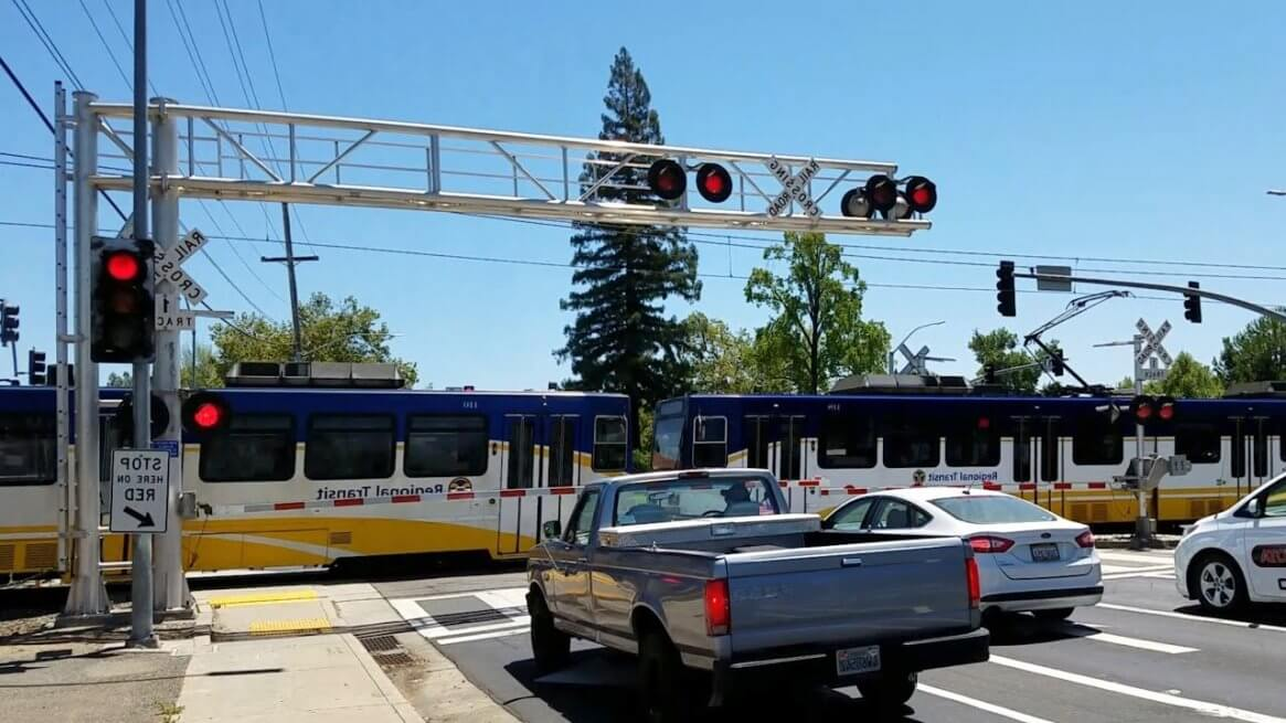 Street-level light rail plan will not reduce congestion in Surrey