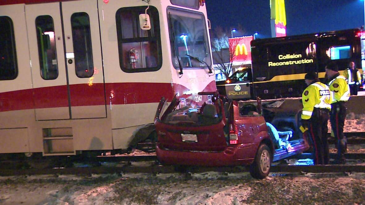 Commuter chaos: Accidents disrupt Calgary's C-Train LRT 3 times in 5 days